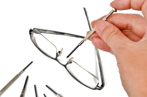 A megfelelően beállított szemüvegszár - Gerber Optika 02025742ed